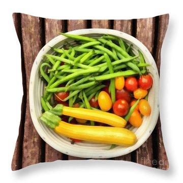 Tomatoe Throw Pillows