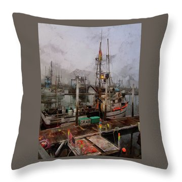Fresh Live Crab Throw Pillow
