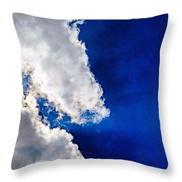 Friday Afternoon #skyporn.  I Am Throw Pillow