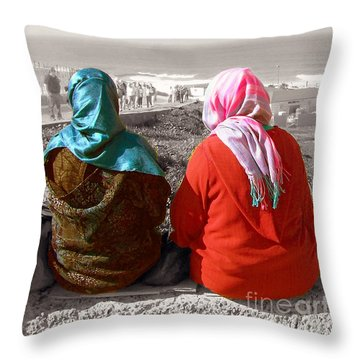 Friends, Morocco Throw Pillow