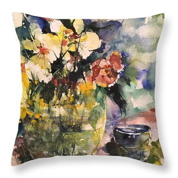 Friendship Flowers Throw Pillow