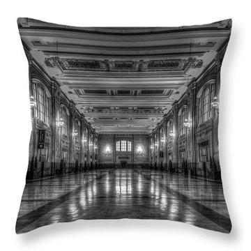 Frozen In Time B W Union Station Kansas City Missouri Art Throw Pillow