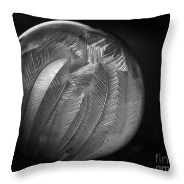 Frozen Soap Bubble - Black And White - Macro Throw Pillow