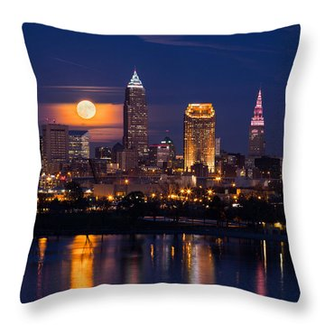 Full Moonrise Over Cleveland Throw Pillow