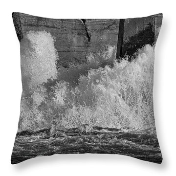 Throw Pillow featuring the photograph Full Power by Thomas Young
