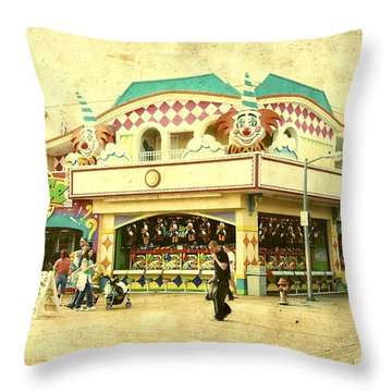 Fun House - Jersey Shore Throw Pillow