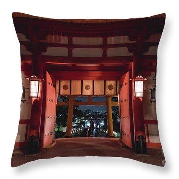 Fushimi Inari Taisha, Kyoto Japan 2 Throw Pillow
