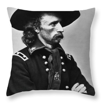 General Custer - Civil War Throw Pillow