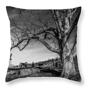 Gettysburg Below Little Round Top Throw Pillow