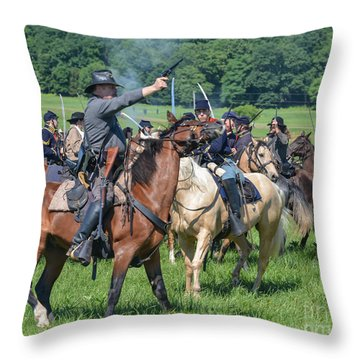 Gettysburg  Union Cavalry 7920c  Throw Pillow