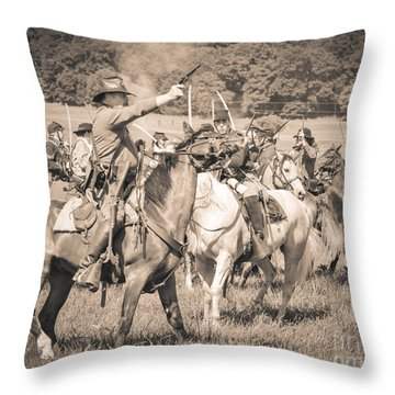 Gettysburg  Union Cavalry 7920s  Throw Pillow