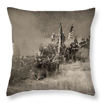 Gettysburg Union Infantry 8947s Throw Pillow