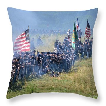 Gettysburg Union Infantry 8948c Throw Pillow