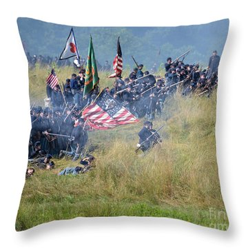 Gettysburg Union Infantry 8963c Throw Pillow