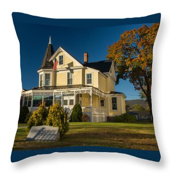 Gibson Woodbury House North Conway Throw Pillow