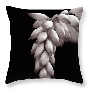 Ginger Plant Throw Pillow