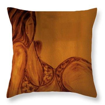 Girl_06 Throw Pillow