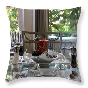 Giving Thanks In California Thanksgiving Table Throw Pillow