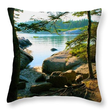 Glade To The Side Of Sand Beach Throw Pillow