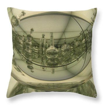 Milmoa02 Throw Pillow