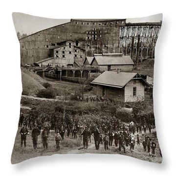 Glen Lyon Pa Susquehanna Coal Co Breaker Late 1800s Throw Pillow