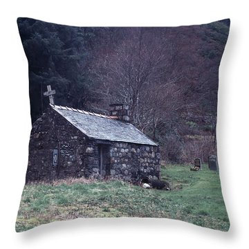 Glencoe Chapel Throw Pillow