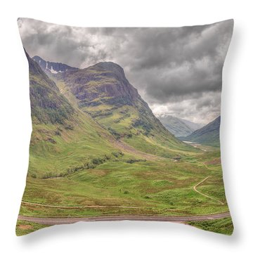 Glencoe    Throw Pillow by Ray Devlin