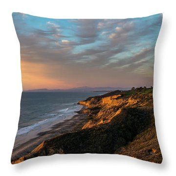 Gliderport North Throw Pillow