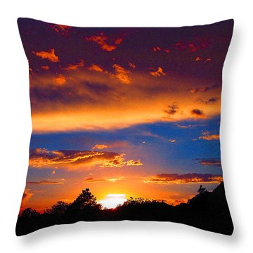 Glorious Sunset Throw Pillow