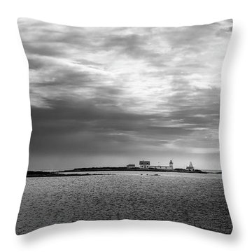 Goat Island Light, Cape Porpoise, Maine Throw Pillow