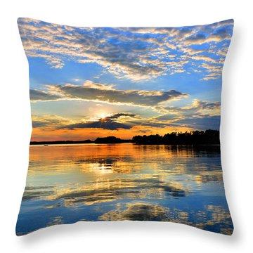 God's Glory Throw Pillow
