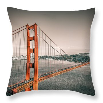 Golden Gate Bridge Selective Color Throw Pillow