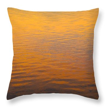 Golden Sunset Reflection Leaving Block Island Throw Pillow