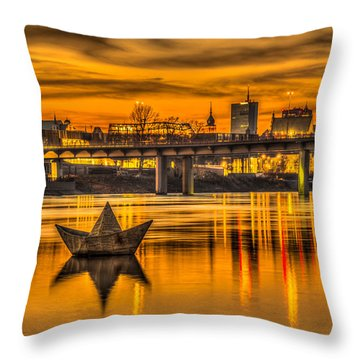 Golden Vistula Throw Pillow