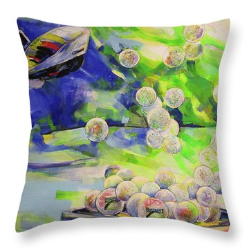 Golfbaelle In Huelle Und Fuelle   Golf Balls Galore Throw Pillow