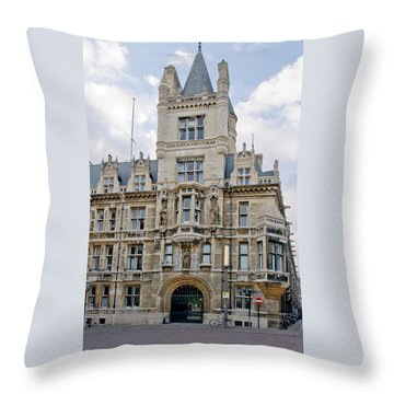 Gonville And Caius College. Cambridge. Throw Pillow