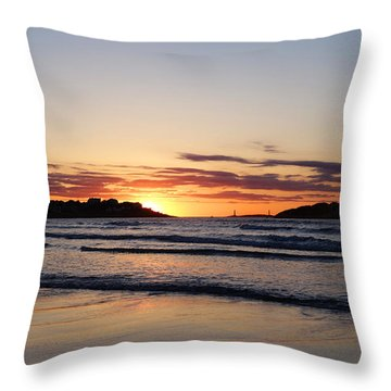 Good Harbor Beach At Sunrise Gloucester Ma Throw Pillow