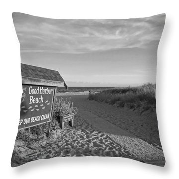Good Harbor Sign At Sunset Black And White Throw Pillow