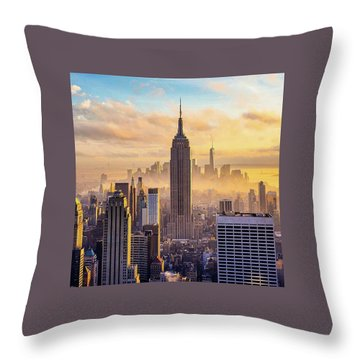 Good Morning New York Throw Pillow