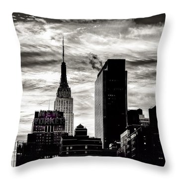 Good Morning Nyc Throw Pillow