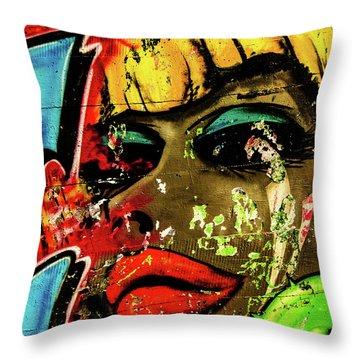 Graffiti_04 Throw Pillow