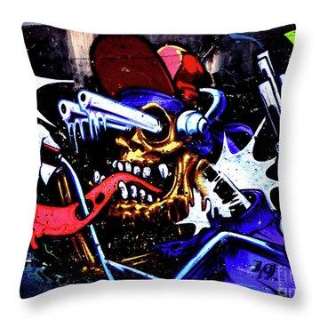 Graffiti_05 Throw Pillow