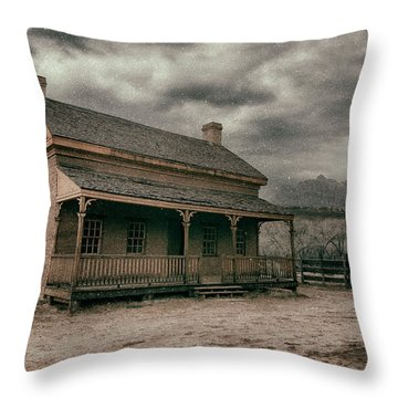 Grafton Cabin Throw Pillow