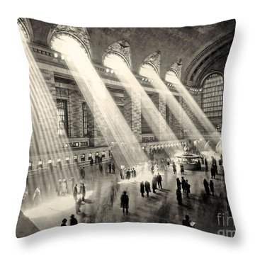 Grand Central Terminal, New York In The Thirties Throw Pillow