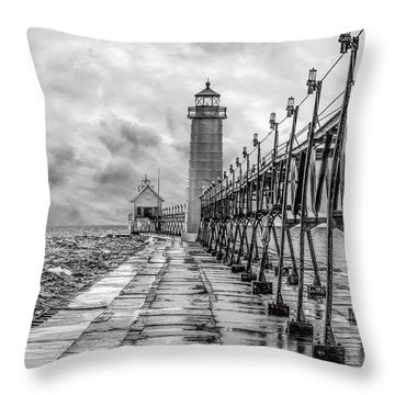 Grand Haven Lighthouse - Monochome Throw Pillow