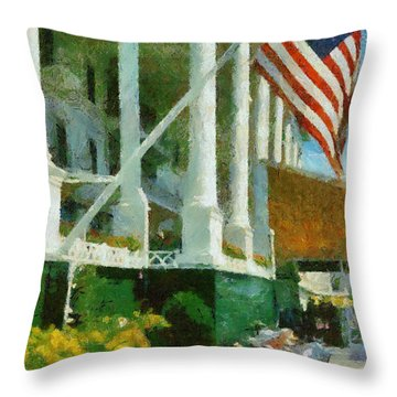 Grand Hotel Mackinac Island Throw Pillow