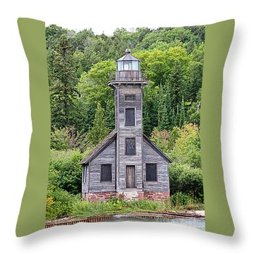 Throw Pillow featuring the photograph Grand Island East Channel Lighthouse #6554 by Mark J Seefeldt