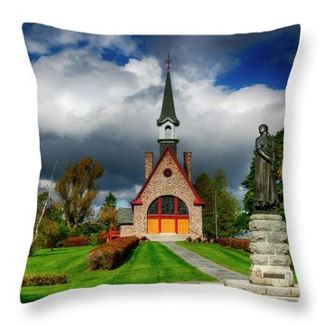 Grand-pre National Historic Site 06 Throw Pillow by Ken Morris