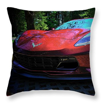 Grand Sport 2017 Frontal Throw Pillow