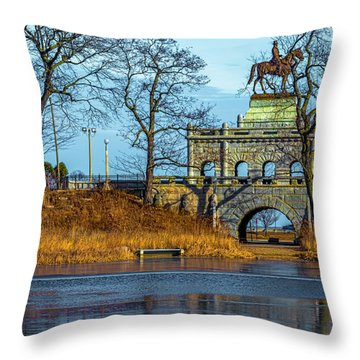 Grant Memorial Lincoln Park Dsc3218 Throw Pillow